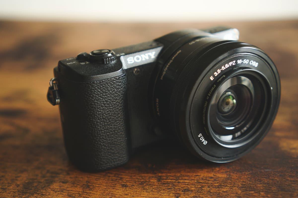 カメラ初心者におすすめしたい定番モデル「α5100」