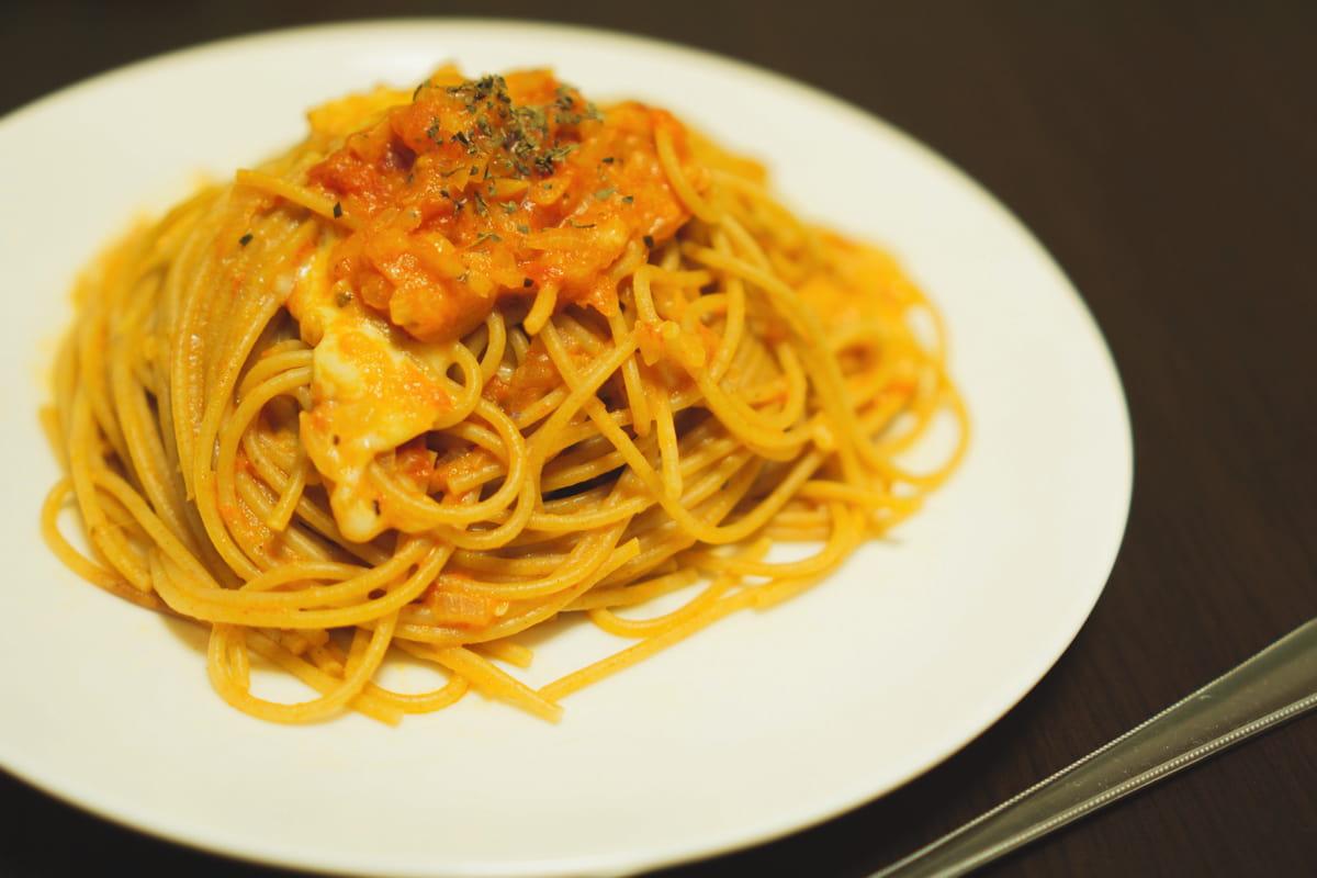 モッツァレラとバジル香るスパゲティ完成