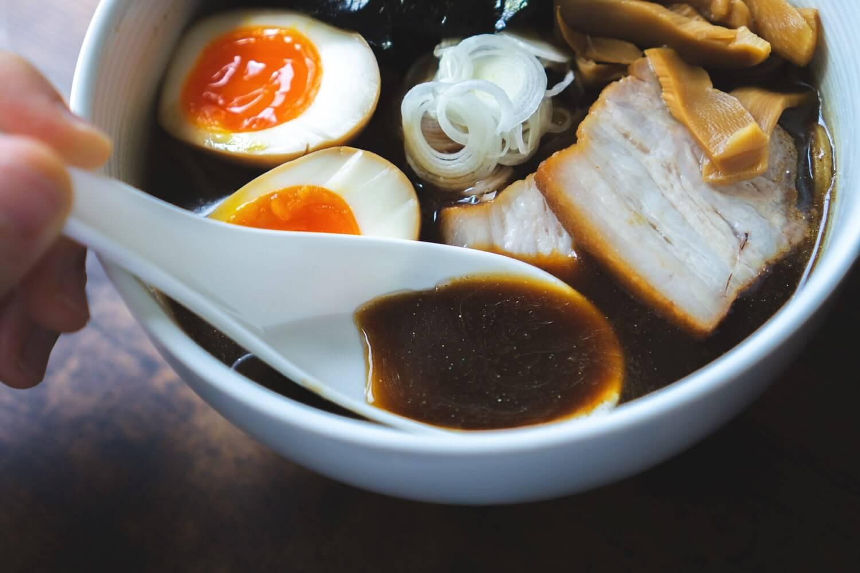ラーメン「凪」監修 すごい煮干しスープから
