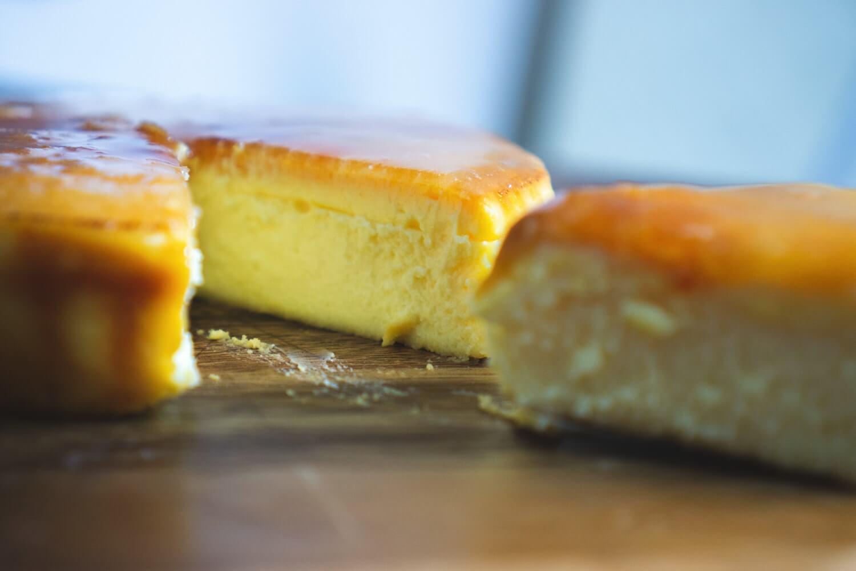 チーズケーキキャラメリゼの断面