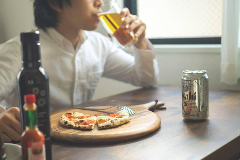 昼間っから飲むビールは美味い。