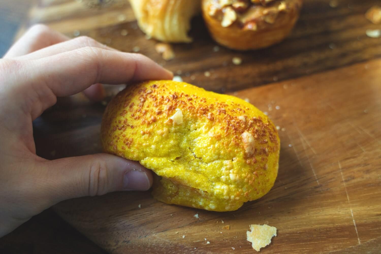 香ばしチーズのカボチャあんパン